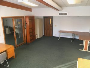 Suite-121: Large Room